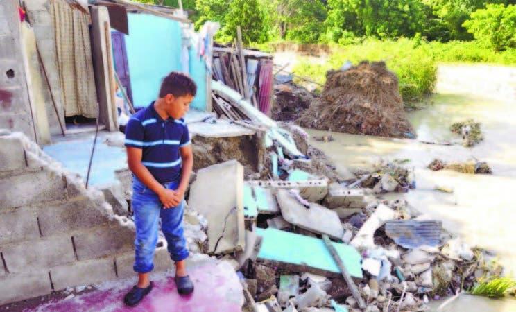 Los residentes estiman urgente la construcción de gaviones que los proteja de las crecidas del río Moca