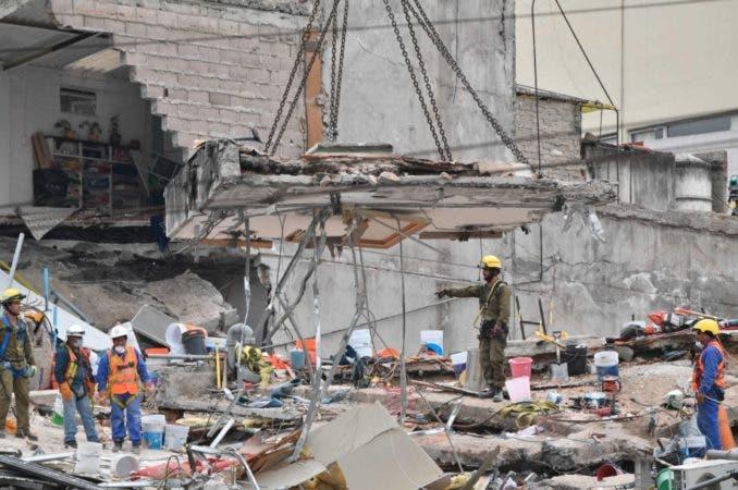 México vive con los nervios de punta y el oído aguzado tras sismo