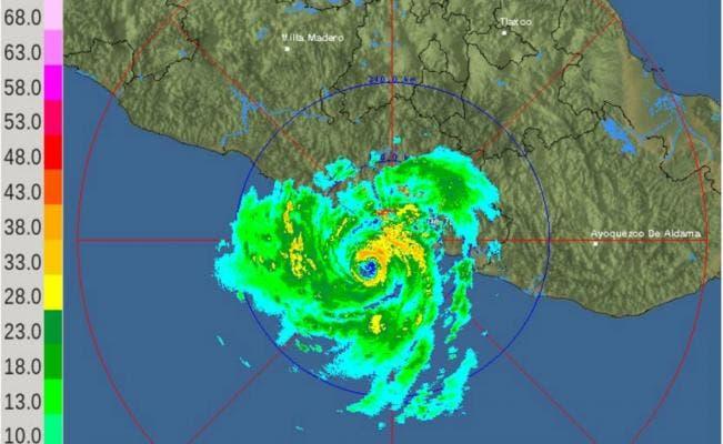 Huracán Max se forma en el Pacífico frente a sur de México