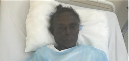 Providencia Zorrilla Mejía, de 77 años de edad, se encuentra abandonada en el Hospital Traumatológico Ney Arias Lora.