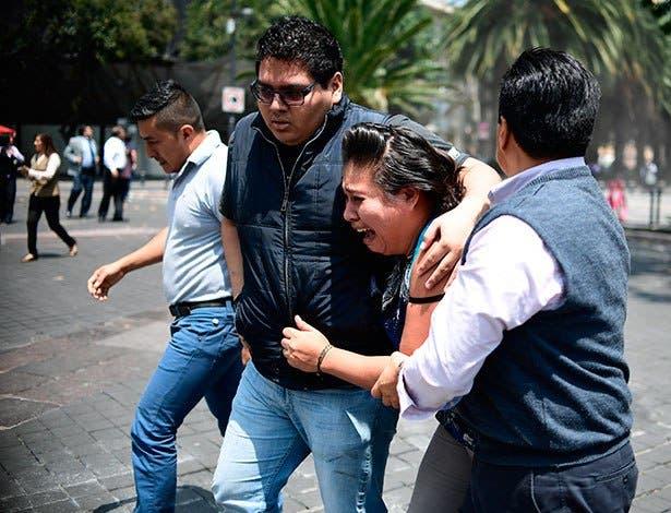 Un fuerte terremoto de 7,1 sacude México y causa escenas de pánico
