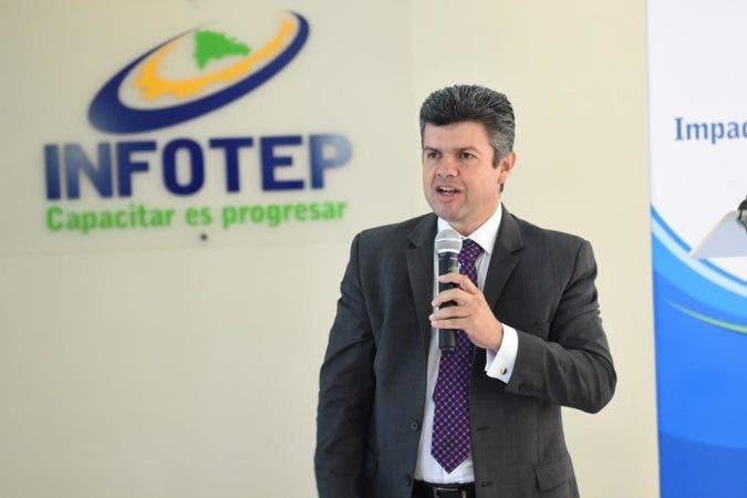 Álvaro Ramírez%2c Experto OIT