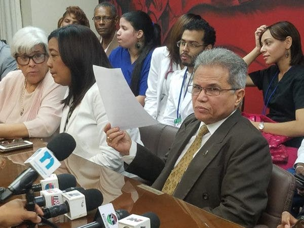 Gobierno dominicano asegura cumple acuerdo con médicos, que vuelven a huelga