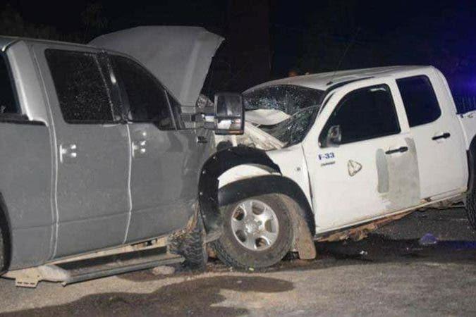 BARAHONA: Choque entre dos camionetas deja dos muertos y cuatro heridos