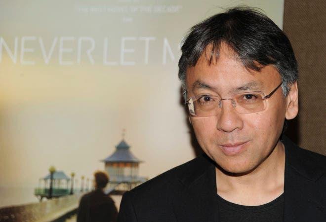 l británico Kazuo Ishiguro fue galardonado hoy con el Premio Nobel de Literatura 2017.