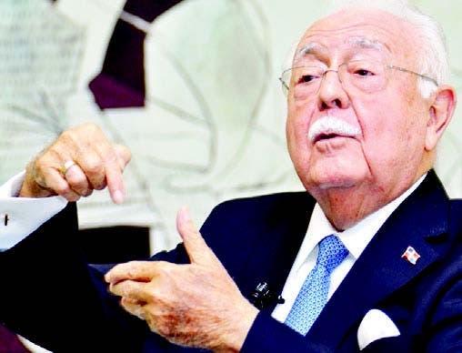 Antonio Isa Conde durante encuentro semanal