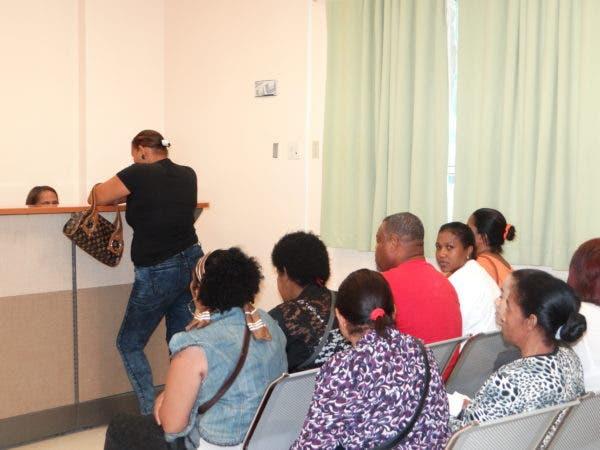 Las  consultas de diferentes especialidades transcurrían con normalidad. Foto: Hospital Traumatológico Ney Arias Lora.