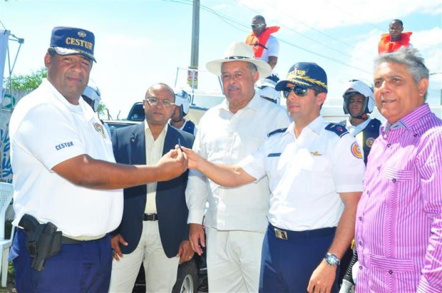 Autoridades aumentan vigilancia en polo turístico de Boca Chica