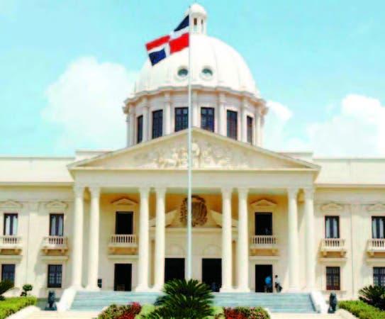 Medina designa miembros de Consejo Nacional de Competitividad y su Consejo Consultivo