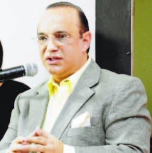 Federico Antún dice que el TSE permite doble militancia con su sentencia.