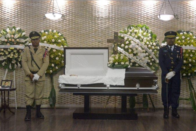 País / Funeral de Domingo Porfirio Rojas Nina, en la Funeraria Blandino. 08-10-17 Fotos: Adolfo Woodley Valdez.