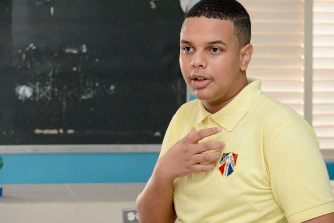 Entrevista para la Esquina Joven al estudiante de 17 años Yeferson Marrero. Periódico HOY / Osi Méndez / 18-10-17