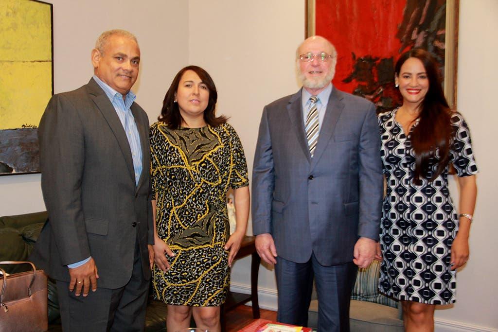 Ministerio de Cultura recibe comisión de Acroarte