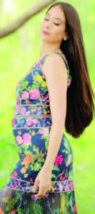 Nahiony Reyes luce su espectacular melena