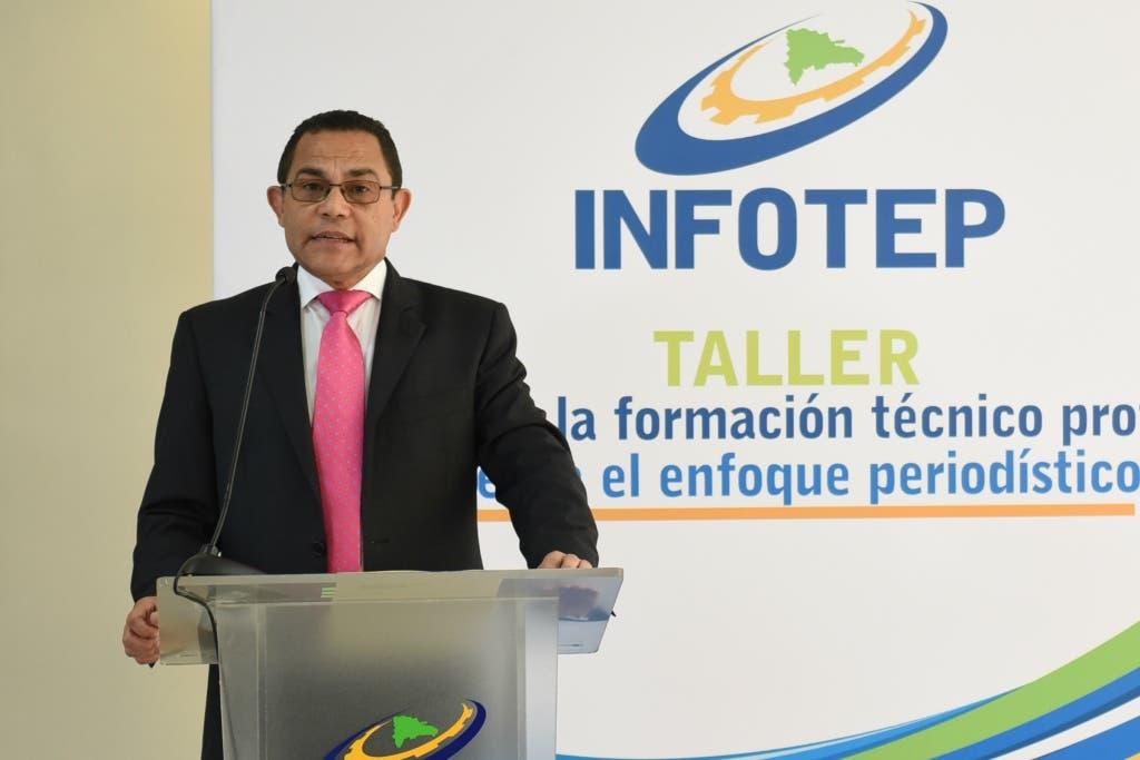 """INFOTEP imparte taller """"Impacto de la Formación Técnico Profesional desde el Enfoque Periodístico"""""""
