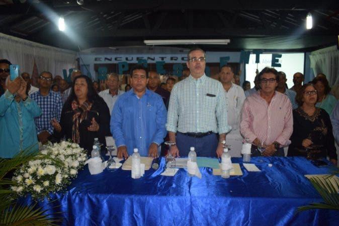Luis Abinader afirma el país requiere un cambio que devuelva al pueblo la fe en el porvenir