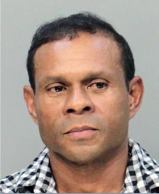 Hombre iba detonar bomba en Miami se presenta ante juez