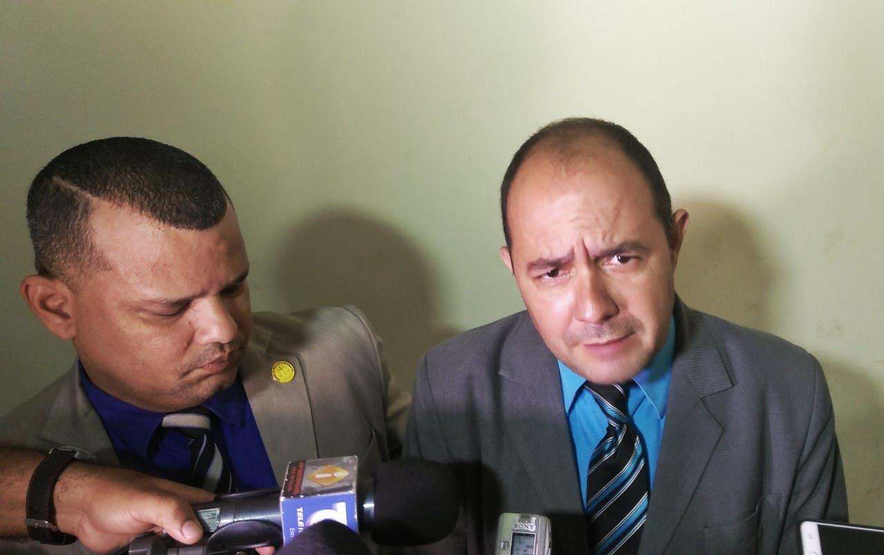 Empresa pagó deuda al ayuntamiento de Santiago fue retirada de valla en avenida