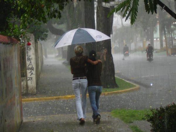 Continuará lloviendo; COE mantiene alerta para 12 provincias del Este y Cibao