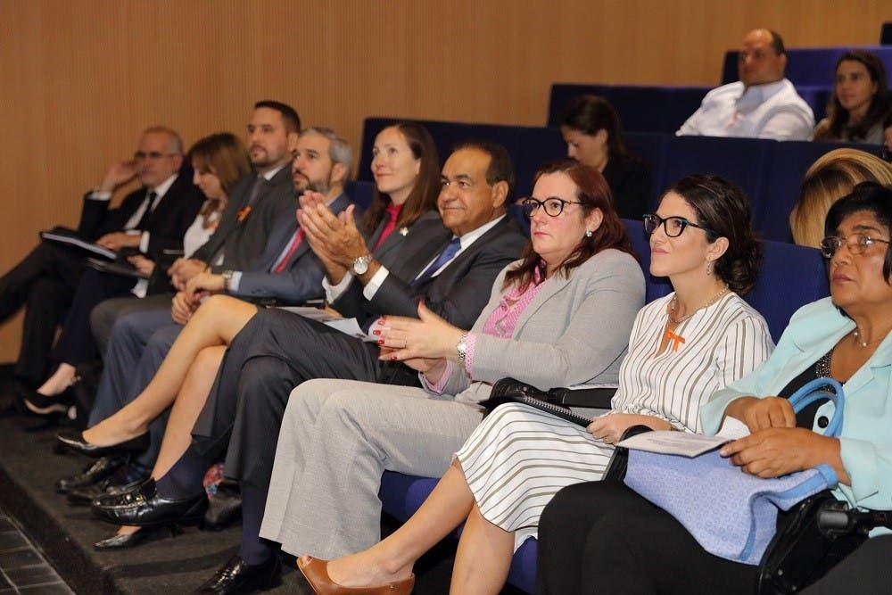 Realizan conferencia «Igualdad de género en República Dominicana: derechos y oportunidades»