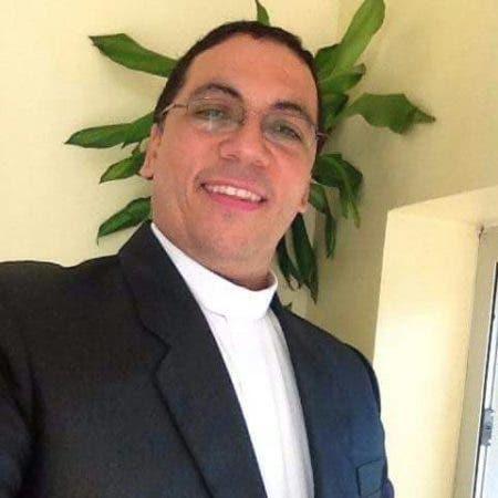 Santiago Rodríguez ocupa el obispado vacante dejado por Francisco Ozoria Acosta, actual arzobispo de Santo Domingo.