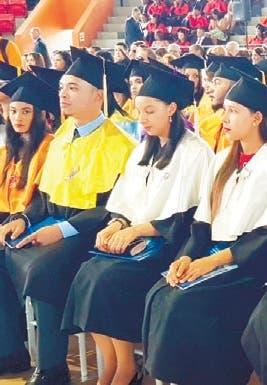 UASD gradúa 384 profesionales en San Francisco