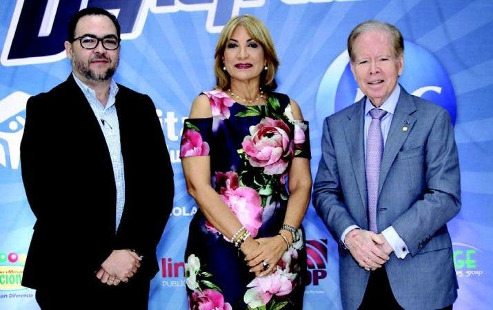 Alejandro Vargas, Cesarina Fabián y Jose Luis Corripio