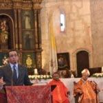 Andrés Navarro durante la celebración de la eucaristía/Foto coertesía del Minerd.