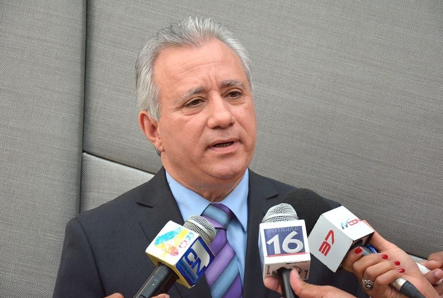 AEIH rechaza «secretismo» con que fueron escogidos miembros Procompetencia