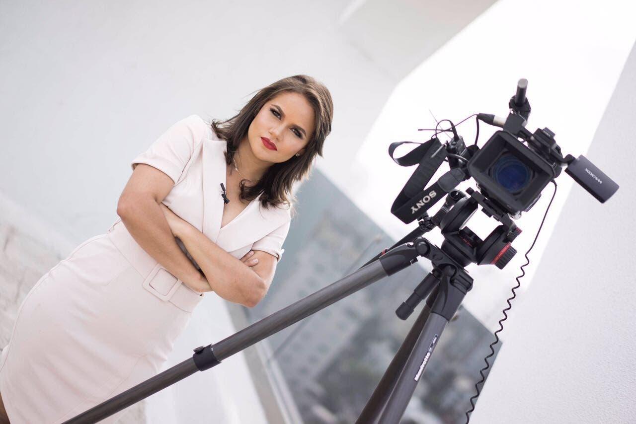 Anyi Lizardo el nuevo rostro de los dominicanos en CNN en Español