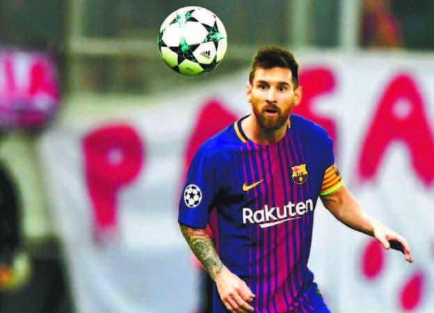 El astro Lionel Messi, del Barcelona, quien llega hoy a los 600 juegos con el combinado catalán.