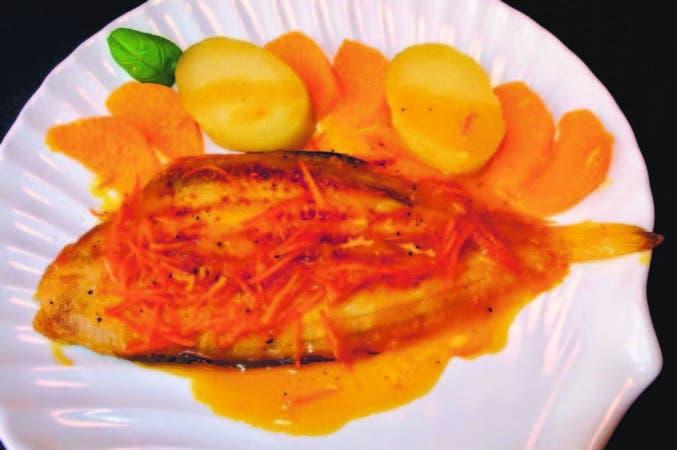 El lenguado es un pescado blanco súper bajo en grasa, ideal para una alimentación ligera.
