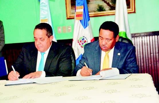 Emilio Toribio Olivo y Nicolás Calderón García