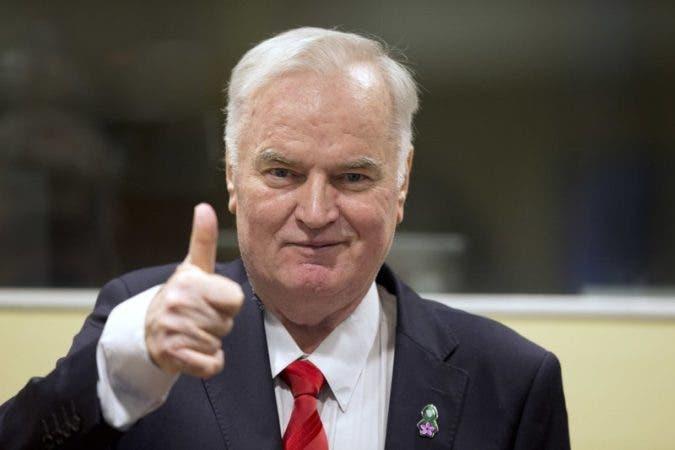 Corte ONU condena a  Ratko Mladic  por genocidio en guerra de Bosnia