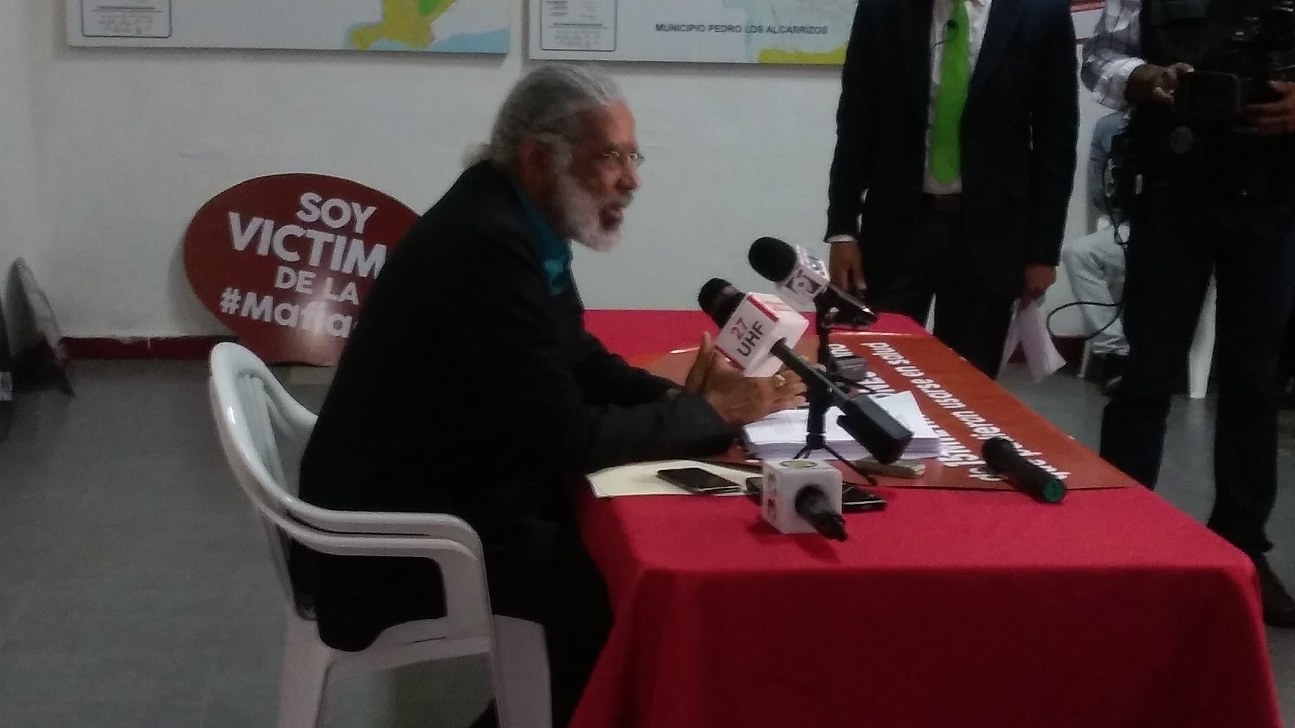 Videos: Hubieres denuncia supuesta mafia en venta de GLP