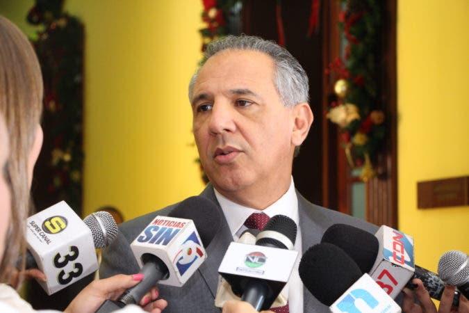 Peralta afirma Danilo Medina no tiene necesidad de repostularse