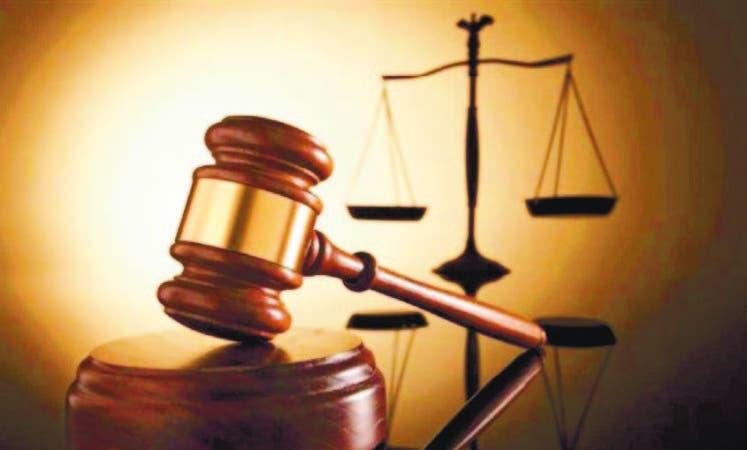 Los directivos del Codia abogan por sanciones más drásticas para quienes violen Ley 340-06.