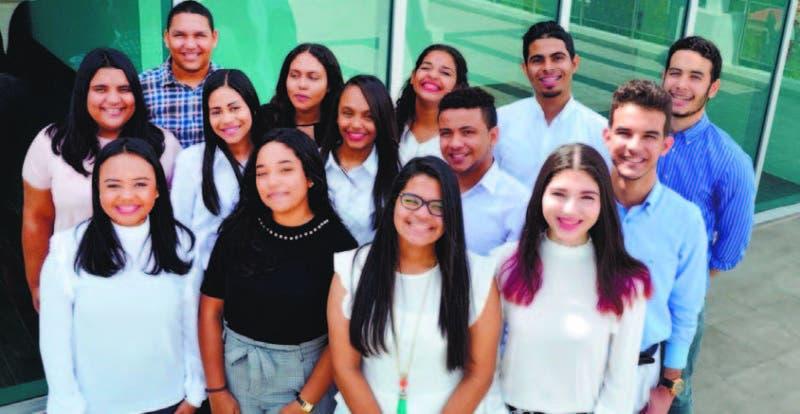 Los jóvenes cursan el cuarto trimestre académico de Medicina