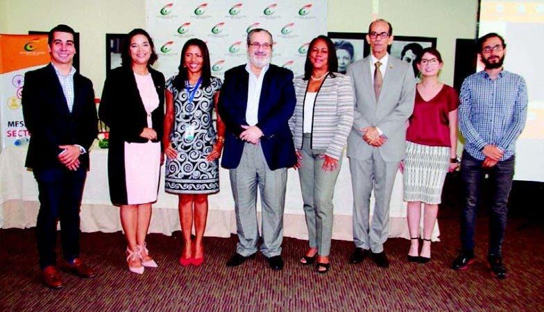 Manuel Meccariello, Yvette Marichal, Leticia Sánchez, Teo Veras, Lucesita Sosa, Carlos Santos, Paola