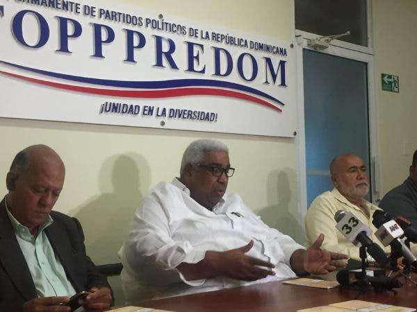 """Pena Guaba, considera si ha de modificarse """"nuestra Carta Sustantiva"""" """"no debe ser para un solo tema, sino varios de interés nacional"""", e incluir el referéndum."""