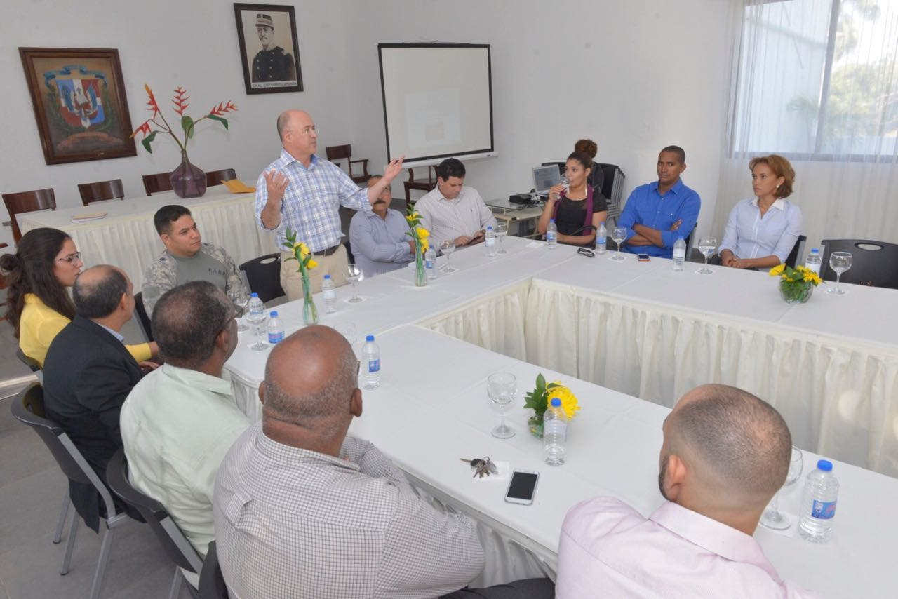 Medio Ambiente y ganaderos forman alianza por desarrollo agroforestal en Puerto Plata