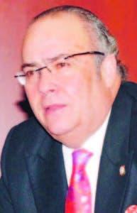 Senador Charlie Mariotti.