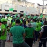 Marcha Verde encabezó un recorrido este lunes en la Zona Colonial contra la corrupción y la impunidad. Foto: Informativos Teleantillas.