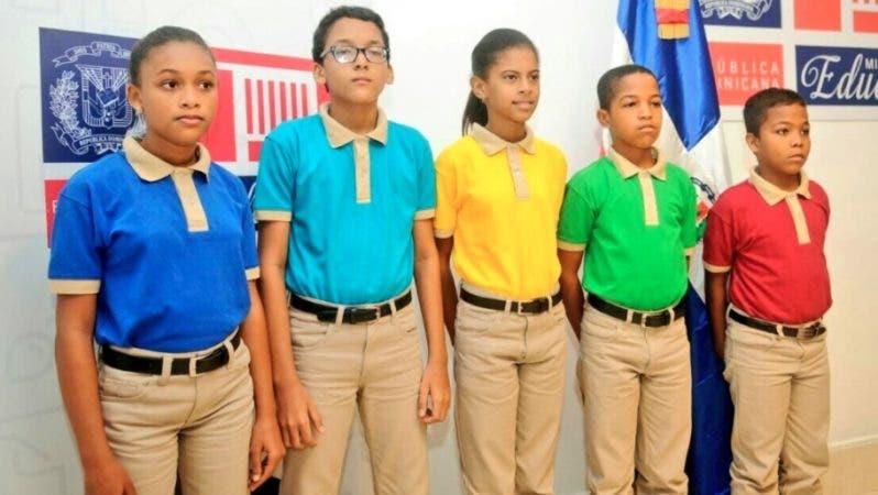 Resultado de imagen para cambio de uniformes escolares 2017