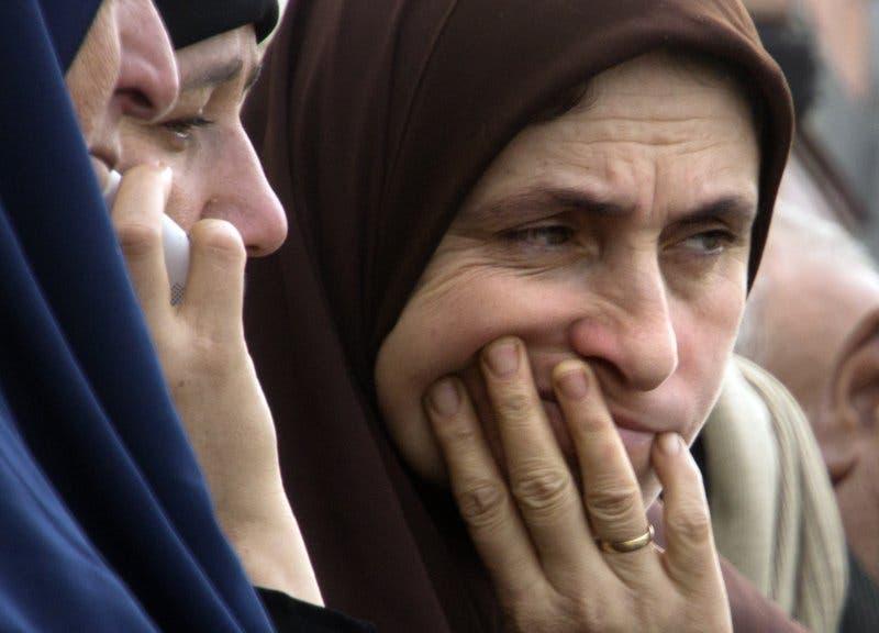 Víctimas relatan ataque a mezquita en Egipto en donde murieron 305 personas