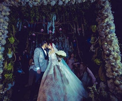 ¡Se casaron!  La comunicadora Karen Yapoort y el pelotero Edwin Encarnación