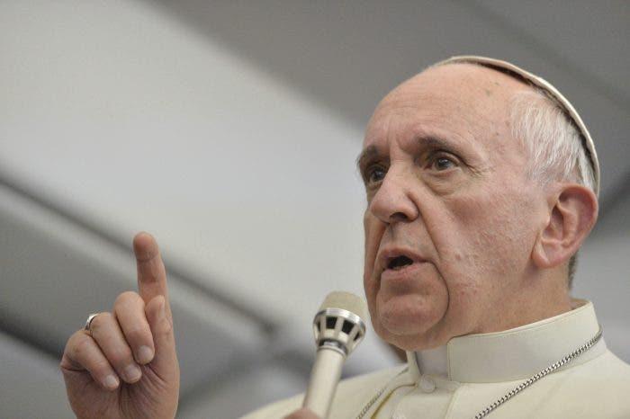 El papa Francisco se queda atrapado en un ascensor del Vaticano