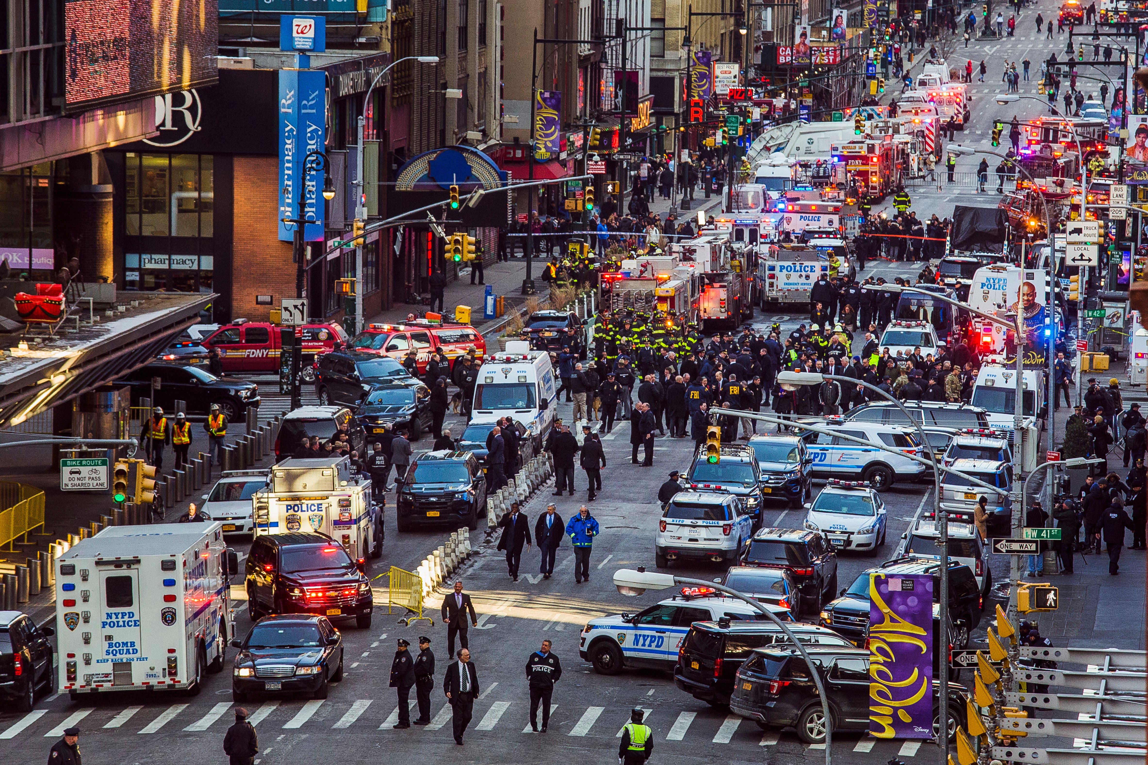 APTOPIX NYC Subway Platform Explosion