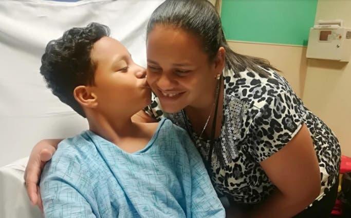 Andy Herrera Reyes y su madre Karen Reyes/Foto: Fuente externa.