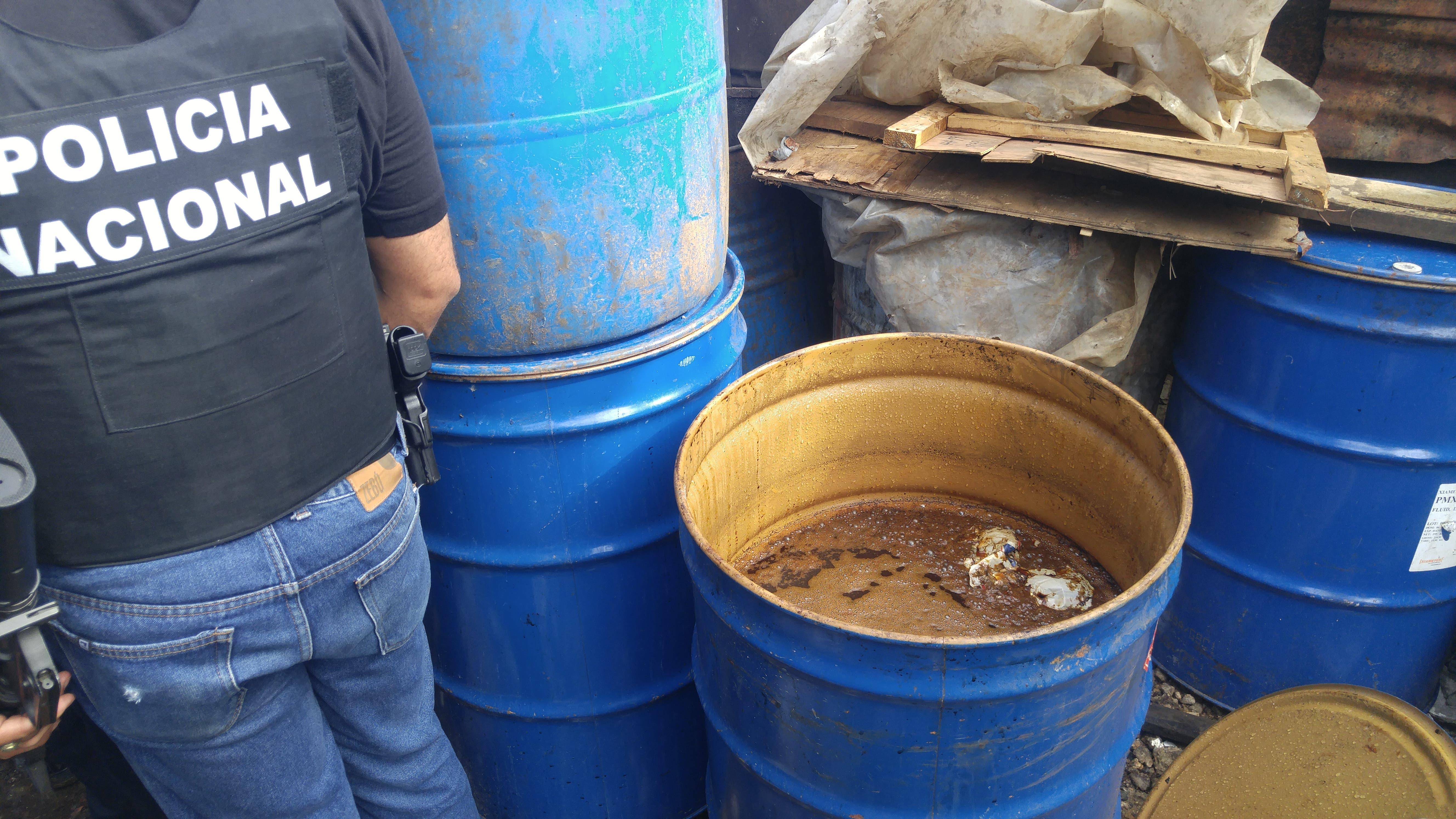 Desmantelan cinco laboratorios de bebidas alcohólicas adulteradas en San Luis
